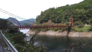 【福岡の映像制作向けロケ地】加茂ゆらりんこ橋 – つり橋からの絶景や花の撮影